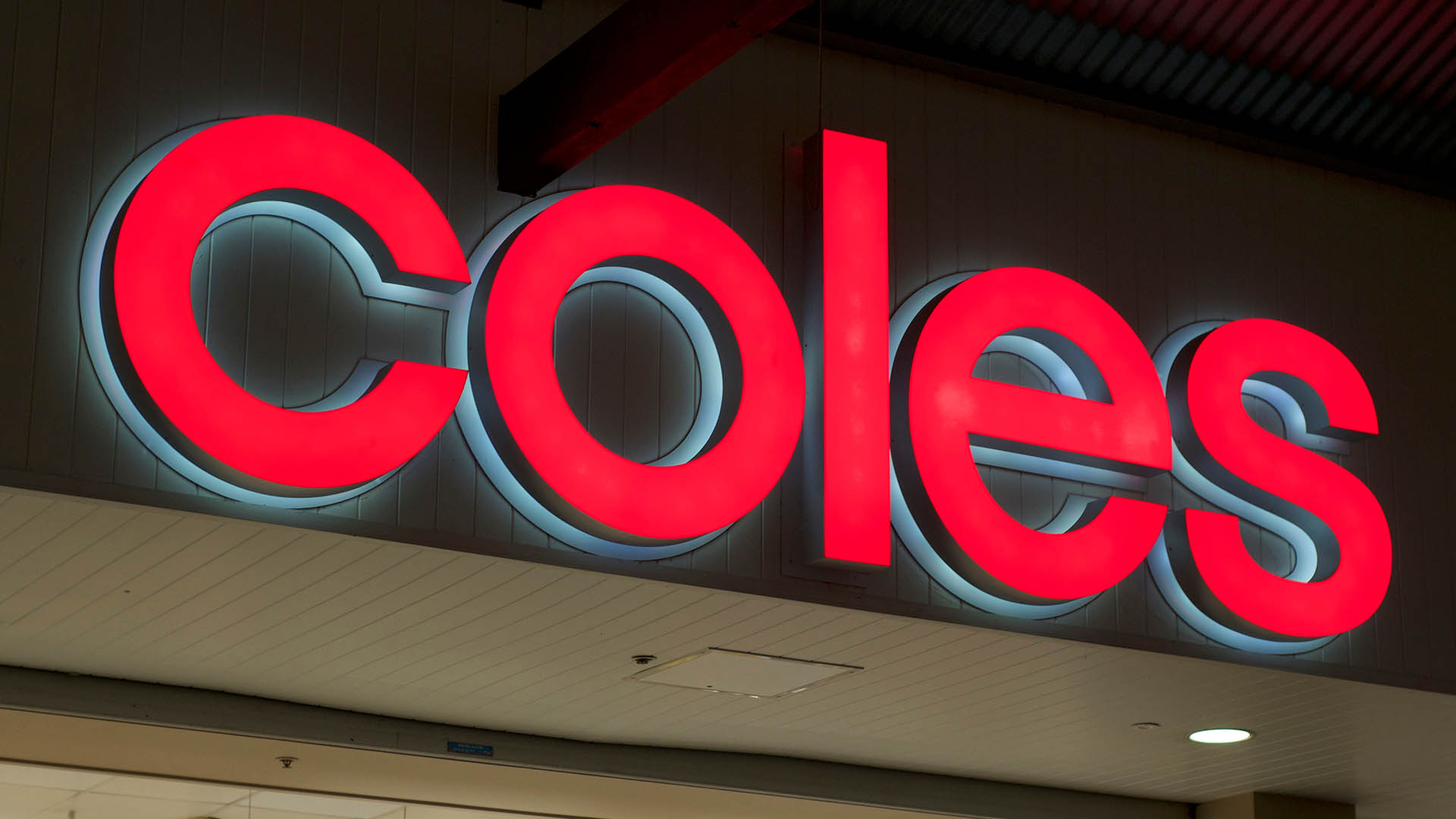 Wesfarmers (ASX:WES) to sell 5.2% of issued capital in Coles