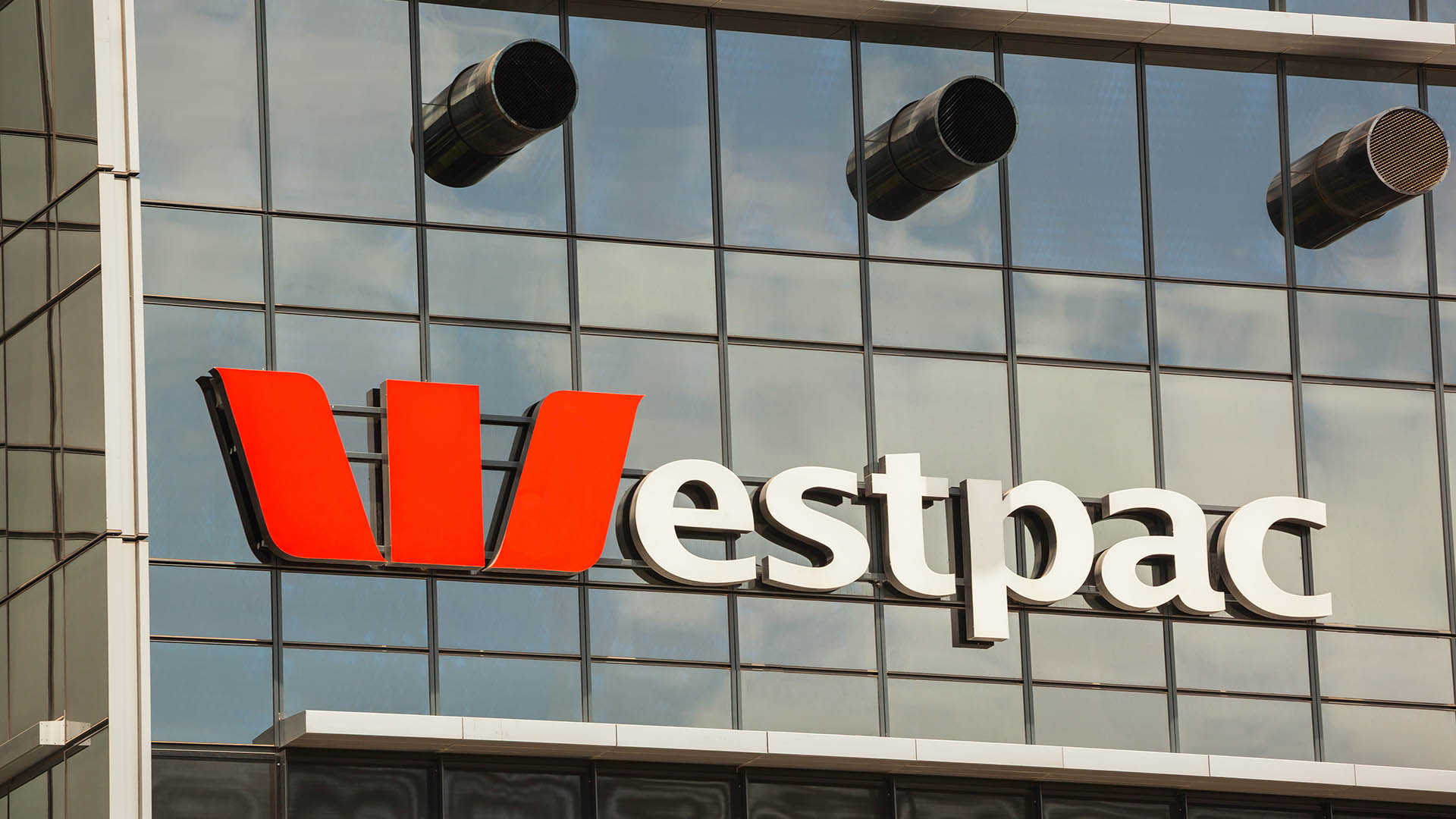 Westpac (ASX:WBC) appoints new COO